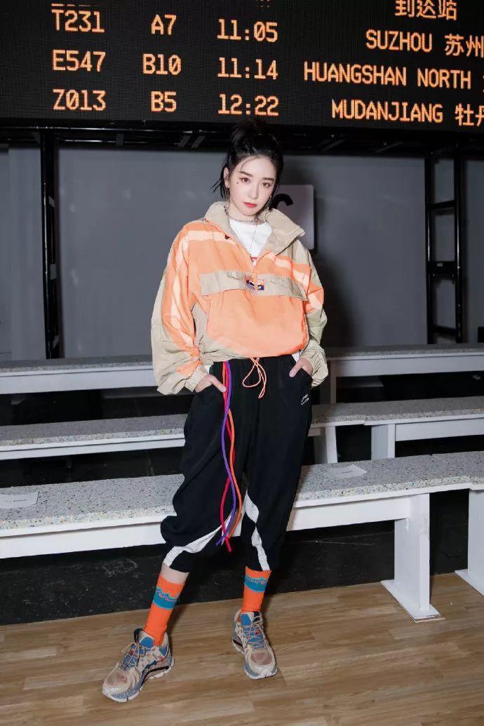 , 李宁再走纽约时装周,国潮在海外到底受欢迎吗? Chinese brand leans into high fashion